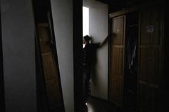 (tailakova) Tags: mirror room wardrobe nikonn80 samara bajindabehindtheenemylines pavelteterin apr2010