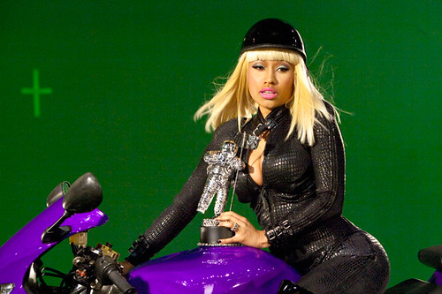 nicki minaj vma photo shoot. This photo belongs to. Mz. Paparazzi#39;s photostream (200) middot; Nicki