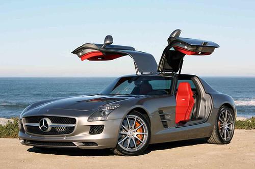 2011-mercedes-benz-sls-amg-supercar-01