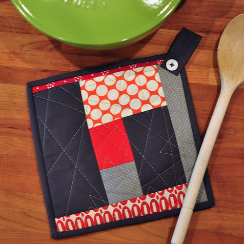 QAYG Crazy Scrappy Potholder Tutorial
