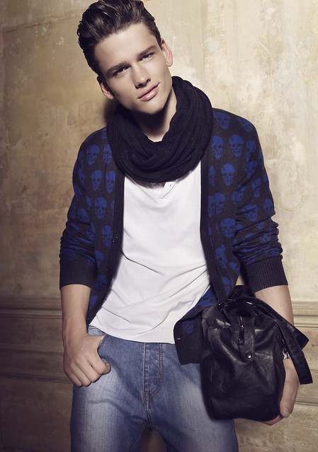 Simon Nessman0091_Blanco FW10(angel_inside@mh)