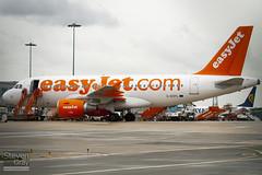 G-EZFL - 4056 - Easyjet - Airbus A319-111 - Luton - 100810 - Steven Gray - IMG_1268