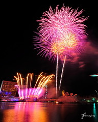 Youth Olympic Games 2010 Opening Ceremony - Fireworks 1 (j-imaging) Tags: game youth marina river bay singapore ceremony firework opening olympic yog 2010 pyrotechnic 100commentgroup