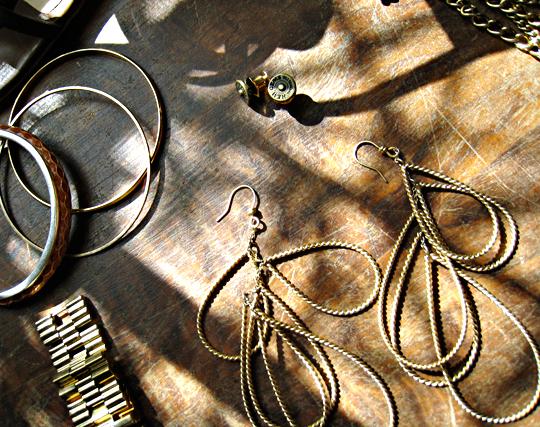 hem gems+rachel roy gold earrings+gold jewelry