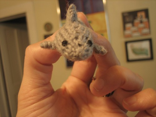 100818. sharky, knitted magnet! so many things i love.