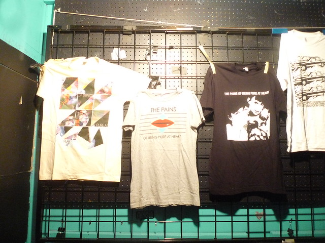 Pains of being pure at heart Tshirts at Cats Cradle, North Carolina