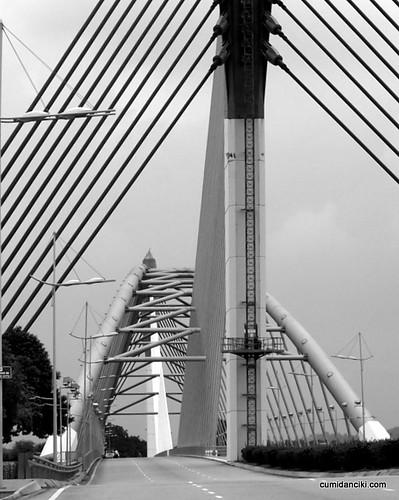 Putrajaya bridges2