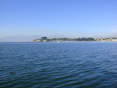 Vista de Ares y su Puerto Deportivo