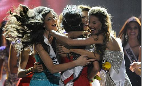 Miss Universe Jimena Navarrete celebration