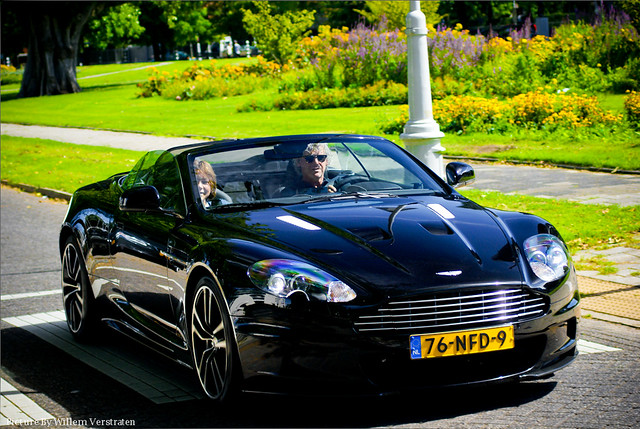 "Aston Martin DBS Volante ''Carbon Black editon"". Very nice car =D"