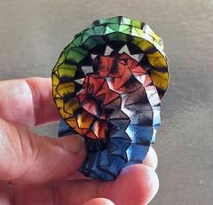 IMG_1095 kl (duon) Tags: sculpture canon paper forsale brooch papier corrugation noud canoncamera duon paverpol origamie wearablesculpture mobiusring möbiusring noudvandenboer
