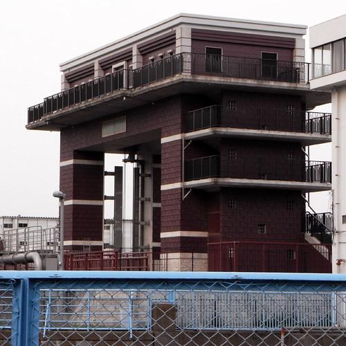 Arakawa Lock Gate 04