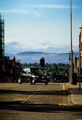 View of Edinburgh July 12 2010 (Mauritzson Foto) Tags: street skyline scotland edinburgh view taxi vy gata skottland