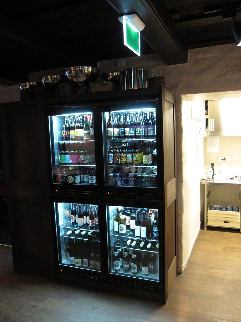 Don Amundo's beer cabinet