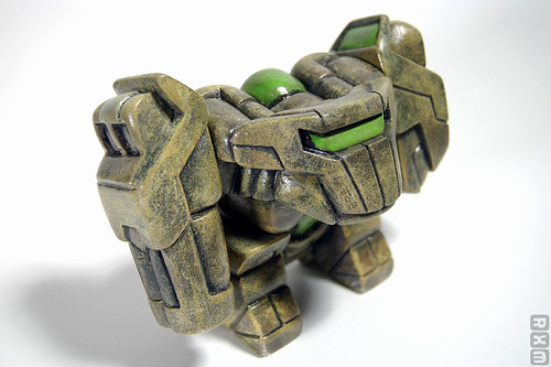 Onell Design Glyos - Old Rig (prototype sold via Toxic Catalyst @ Super7, 8-10)