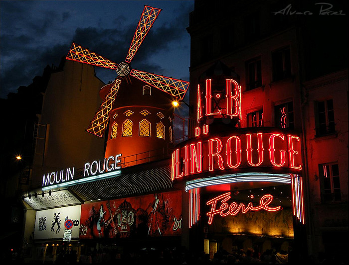 Moulin RougeSur