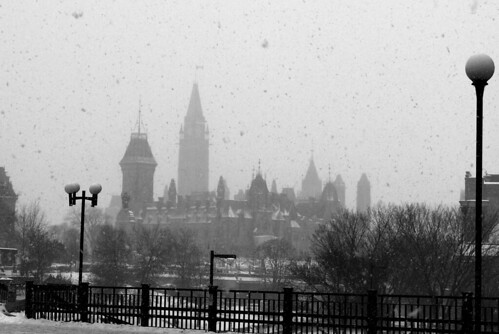 201102_13_36 - Parliament in the Snow