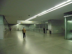 Porto - Metro (CarlosCoutinho) Tags: eduardosoutodemoura pritzkerprize carloscoutinho subwaystation oporto porto portugal architecture architectur arquitetura arquitectura trindade archdaily metro