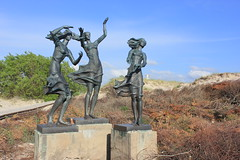 Córki rybaka (magro_kr) Tags: święta swieta šventoji sventoji połąga polaga palanga litwa lithuania lietuva rzeźba rzezba sculpture