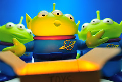 Oooh (m4calliope) Tags: toy space disney aliens pizza story pixar planet littlegreenman