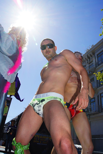 100627 San Francisco Gay Pride 2010 040 Steamworks & Club Papi Latin Stage ...