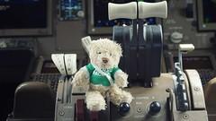 Onboard B777-200 Cockpit - Cathay Pacific (Matt@PEK) Tags: pentax oneworld cathaypacific b772