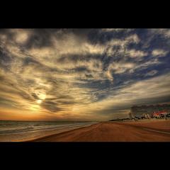 PLAYA DE LA COSTILLA (PONCE 2007) Tags: sunset espaa beach canon spain sigma playa cadiz puestadesol 1020 hdr rota sigma1020mm photomatix