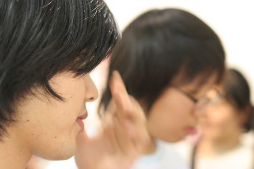 Nakayama Hihumi (@sensualempire) and @lie_