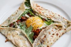 crêpes (lolitanie) Tags: food home denmark sweet egg edible danmark crepes savory crêpes aalborg sundriedtomatoes rucula lolitanie granapadano jmluneau 40d hotelparticuliertumblrcom