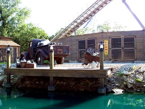 Cedar Point - Shoot the Rapids Themeing
