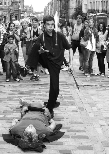 knife juggler on the mile 06