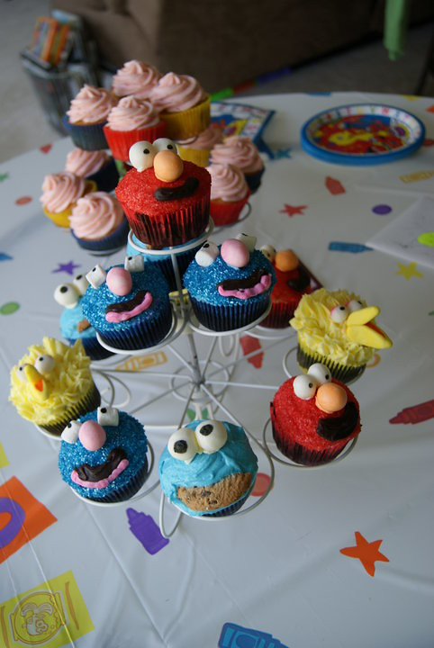Sesame Street 2nd birthday cupcakes