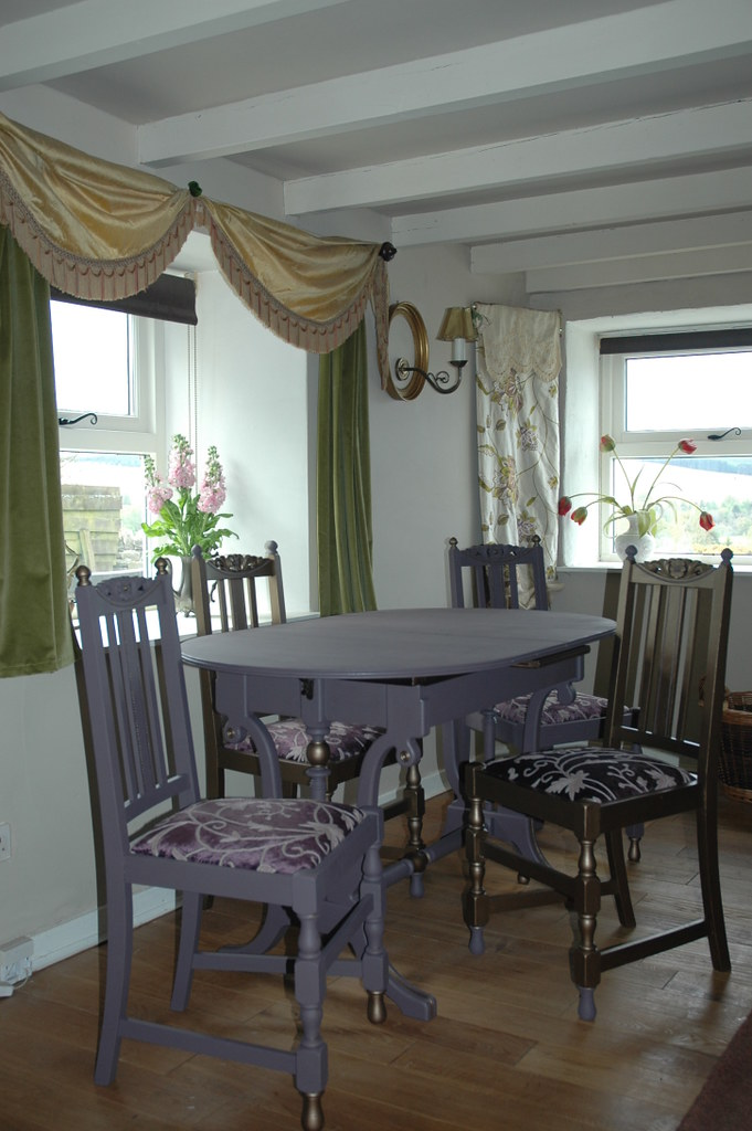 Kohl and Bronze Dining Suite
