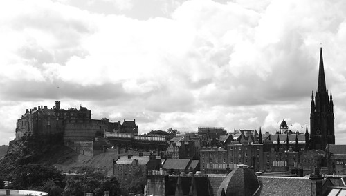 Edinburgh Castle from National Museum roof 01