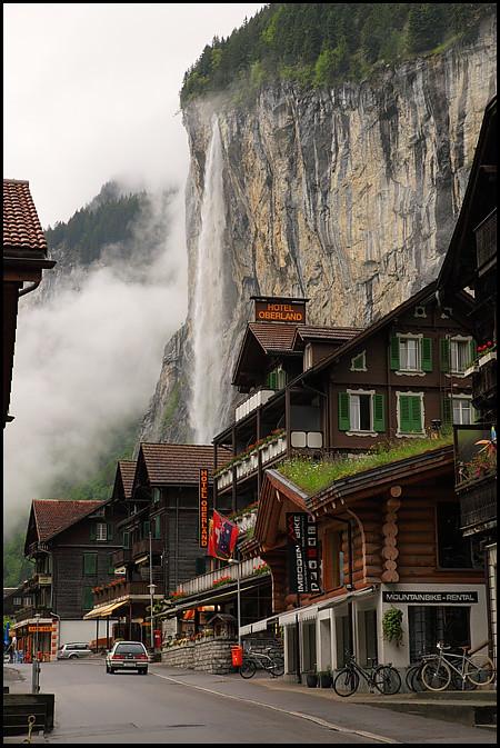 lauterbrunnen-waterfall