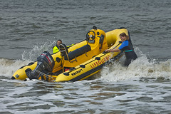 Lifeguard Ladies (Pieter Musterd) Tags: sea water canon eos raw lifeguard zee 5d branding reddingsboot golven canoneos5dmarkii pietermusterd 5dmarkii