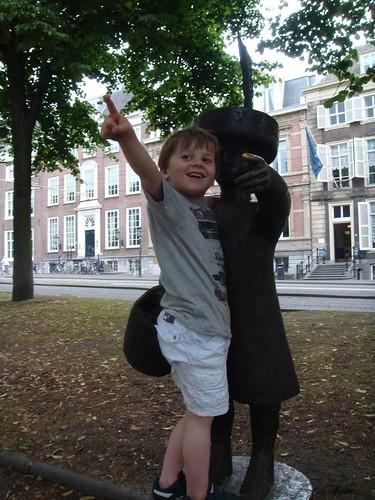 In Den Haag daar woont een graaf..