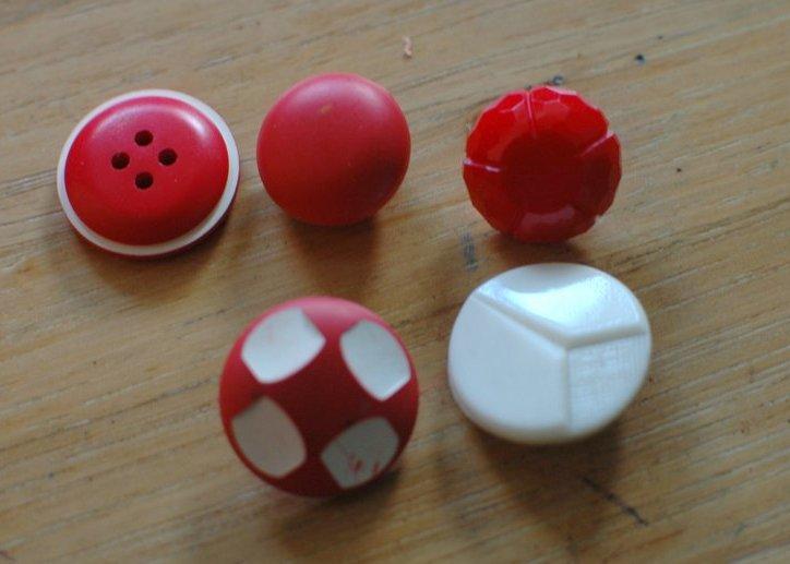 Spotlight:  Vintage Buttons