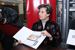 16C (Isabel Allende Bussi) Tags: salvador isabel postal allende sello bussi lanzamiento