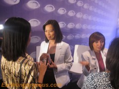 dermatologist at the Avon 3Dimensions of Beauty event