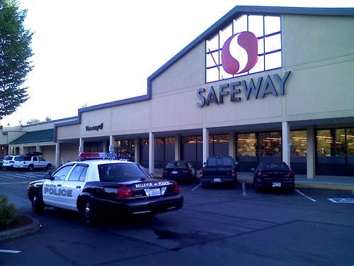 Bellevue Police Car at Safeway