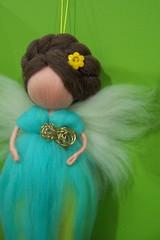 Fada azul.... (linhasebolinhos) Tags: blue azul bonecas dolls magic fairy needlefelting feltro magical girlie fada lfeltrada