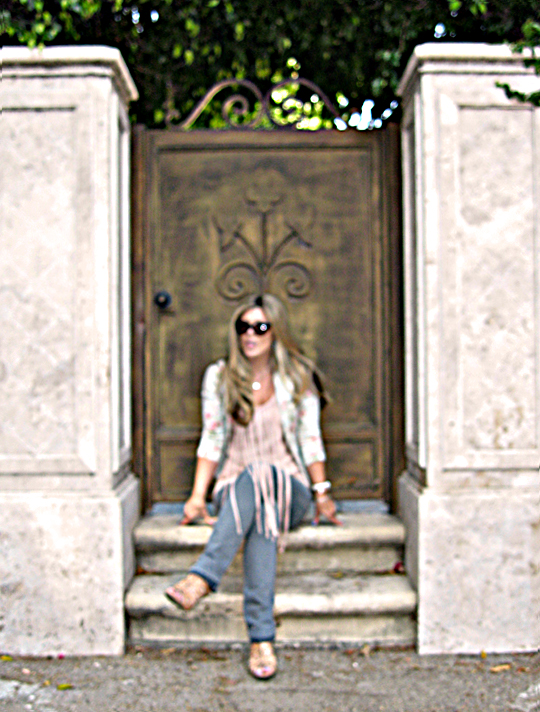 floral blazer+leyendecker fringe dress+gray jeans+spanish gate