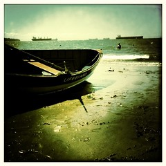Beached (JudyisOkay) Tags: alaska boat lifeguard formula beached stanleypark iphone iphoneography hisptamatic judyisokay swankolab