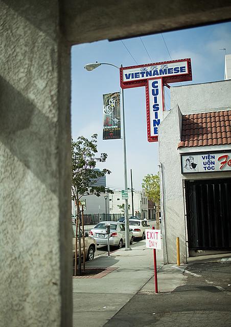 Buu Dien, Chinatown Los Angeles - Bun Rieu