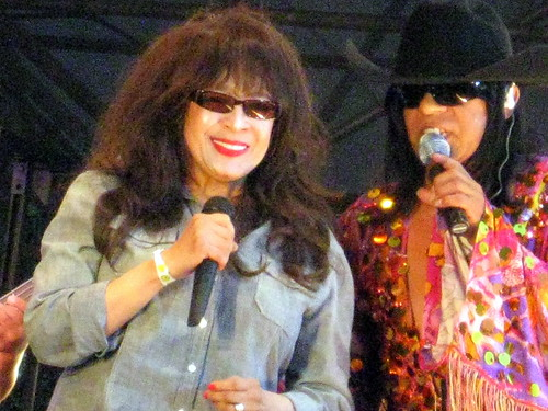 RONNIE SPECTOR & ?