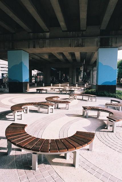 華山創意文化園區....旁