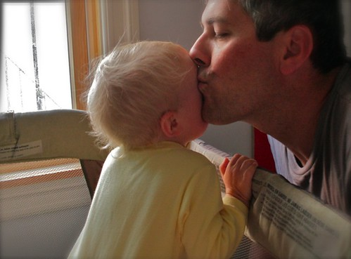 Dad smooching Zo