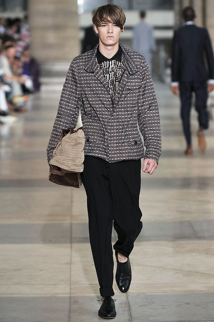 Luke Stevens3009_SS10_Paris_Dries Van Noten(VOGUEcom)