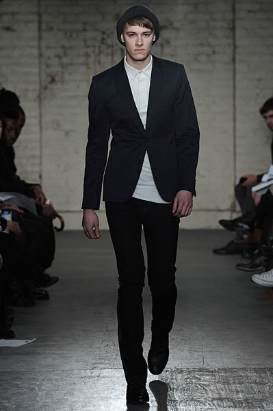 Luke Stevens3020_FW10_London_James Small(lizzylily@mh)